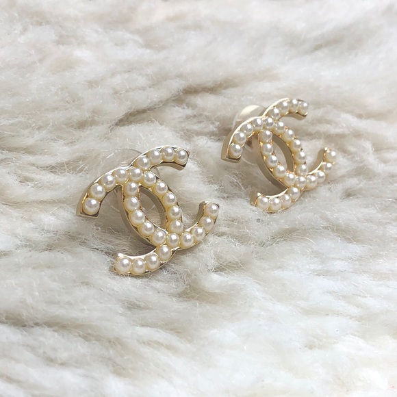 1b3a109e9 CHANEL Jewelry - CHANEL I Authentic Chanel CC Pearl Stud Earrings